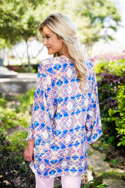 breeze me kimono, Peace love cake kimono, peace love cake, online boutique, womens trendy fashion, womens affordable fashion, cs clothing co, c&s clothing co, tye dye kimono, womens summer kimono, womens colorful kimono, womens pink and blue printed kimono, free shipping, fast and free shipping