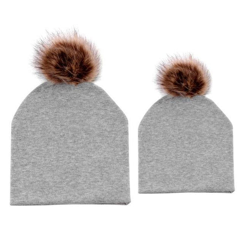 Item Hunters Grey / One size Mom & Me Matching Pom Beanies