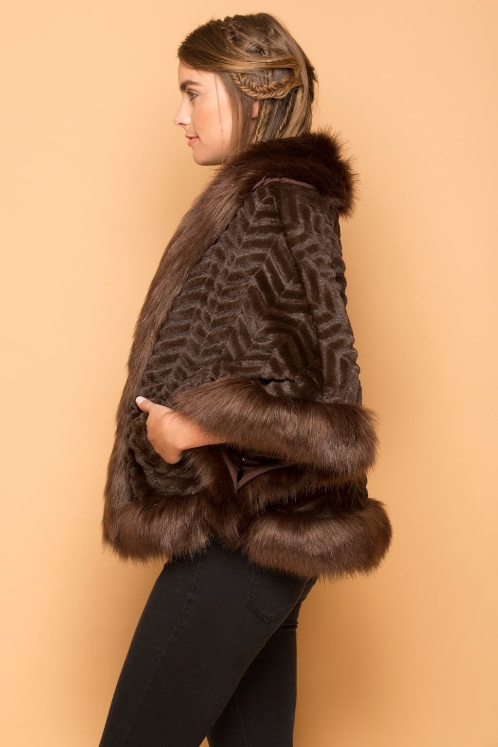 Ladies Faux Fur Poncho