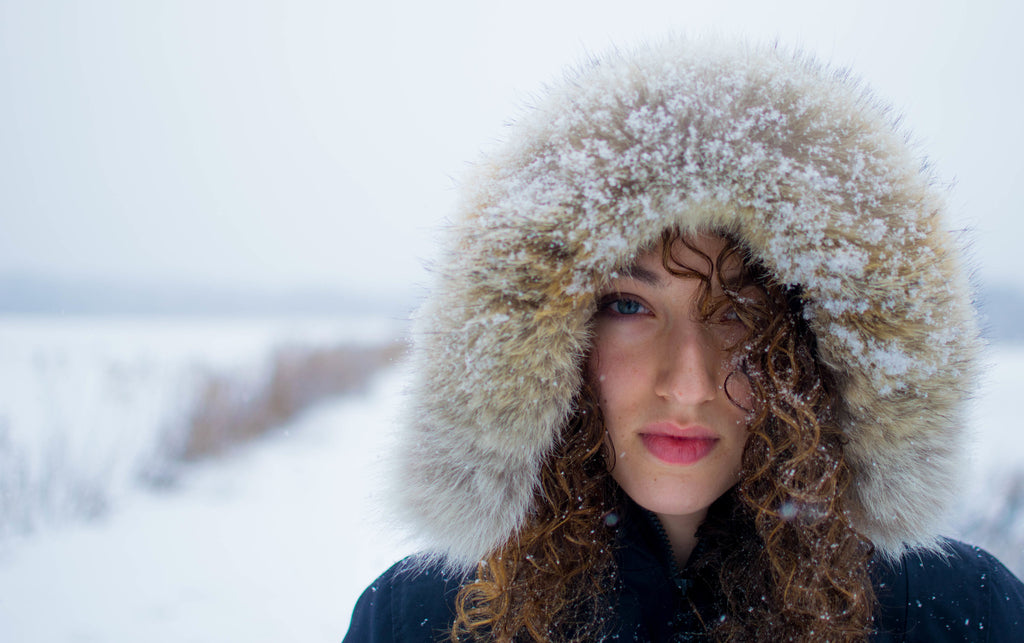 7 Tips to Retaining Healthy Hair during the Colder Months