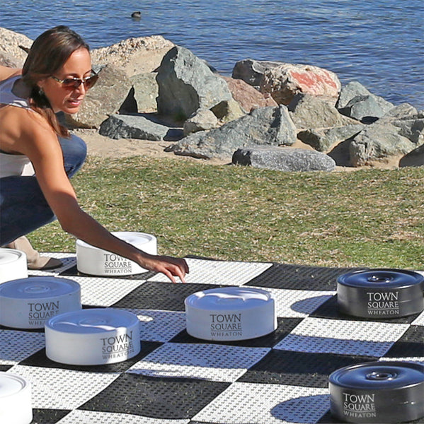 Personalized Giant Checkers