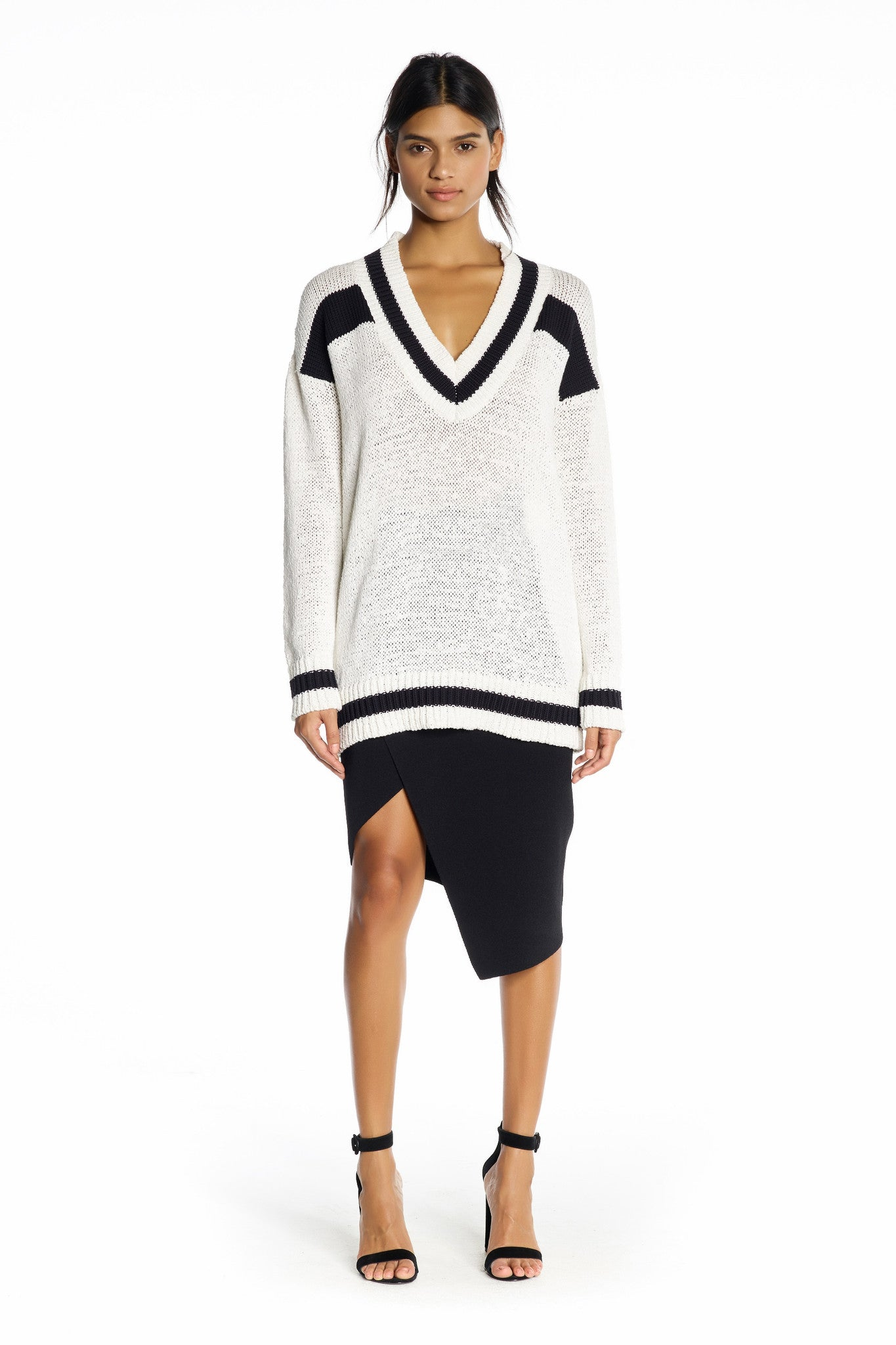V-NECK RUGBY SWEATER