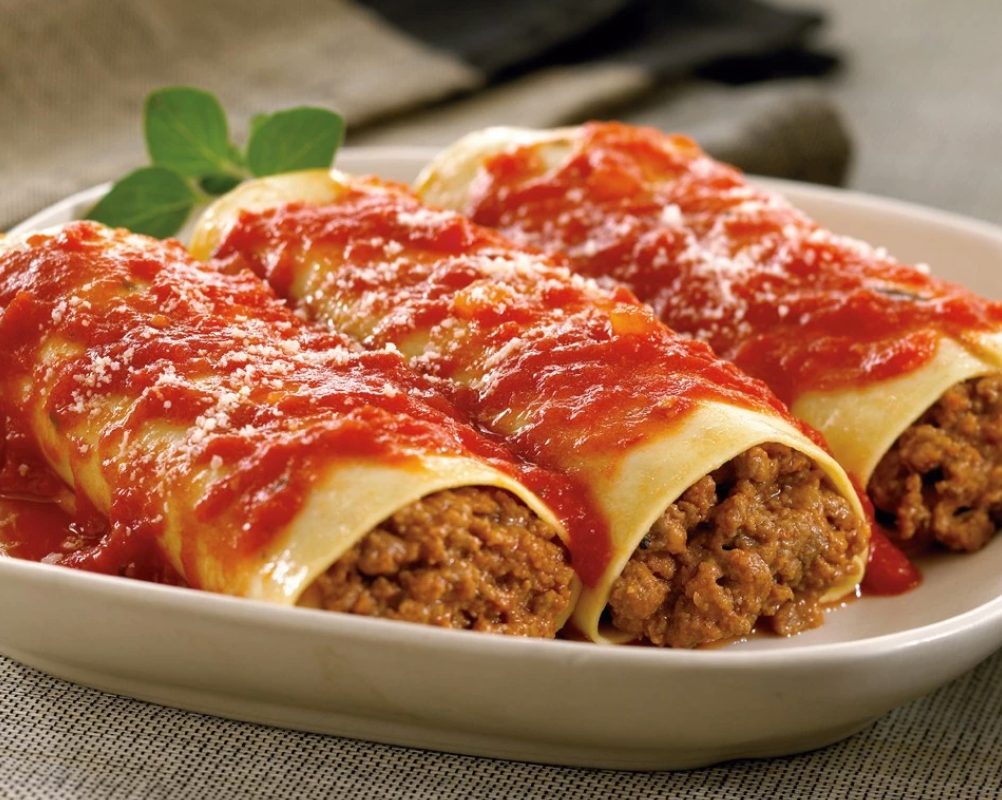 Zarky's Signature Italian Style Cannelloni with Meat- Large FEEDS 6 to 8 people