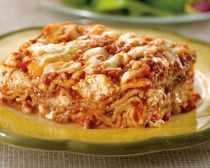 Zarky's Signature Italian Style Lasagna Bolognese with Ricotta Cheese- Large FEEDS 6 to 8 people