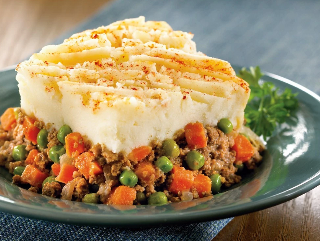 Zarky's Homestyle Shepherd's Pie- Large FEEDS 6 to 8 people.
