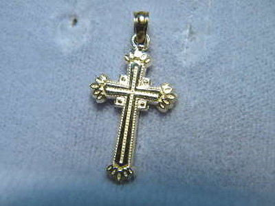 Cross 3/4ths inch Cross flame like tips 14K Yellow Gold