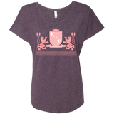 """Kinky Perfect Pink Crest"" Baby Doll Tee"