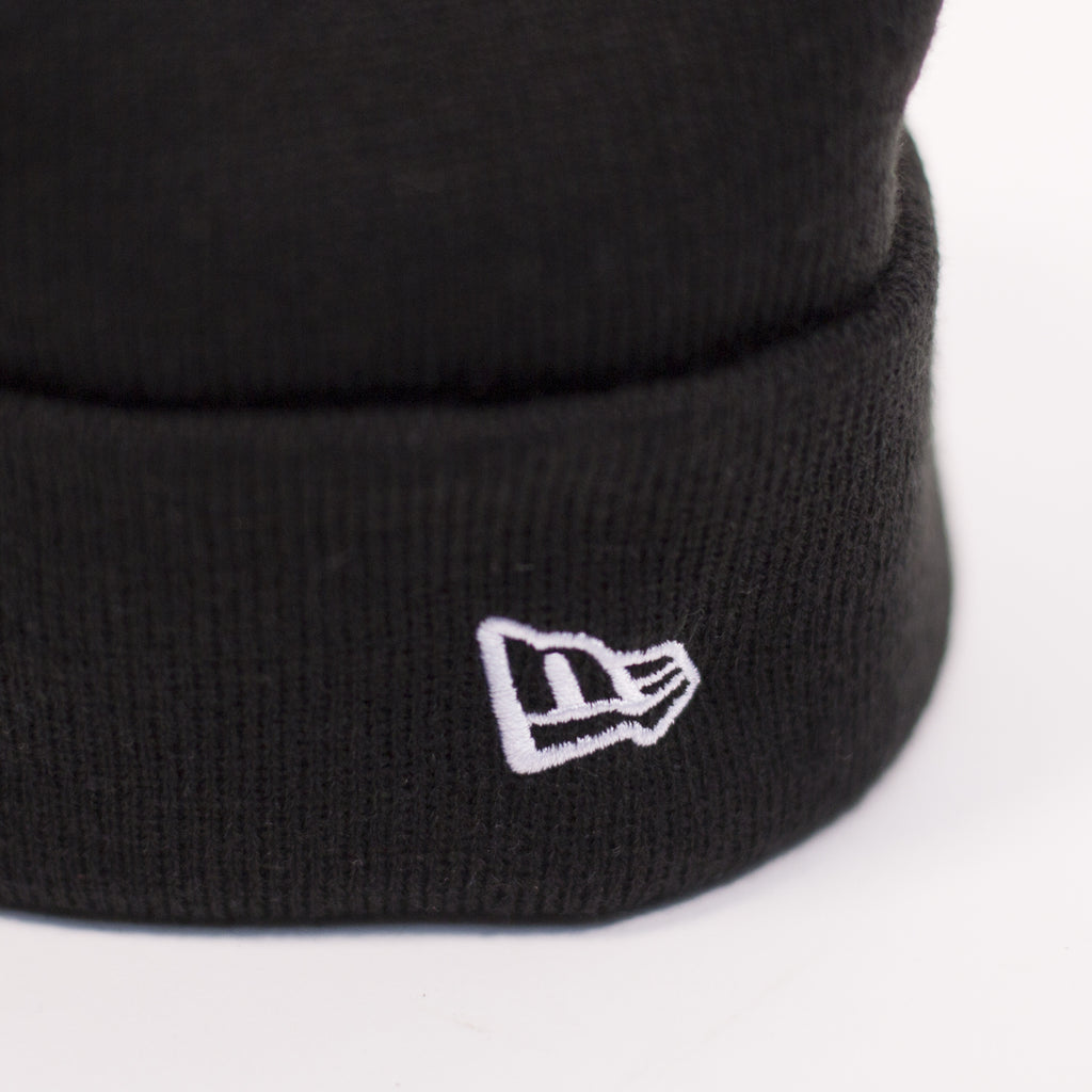 DART-CUFF-BEANIE-BLACK-CLOSE_RWDCVOYU53LS.jpg