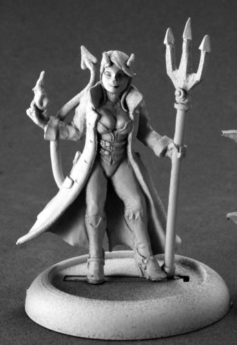 Reaper Miniatures Devil Girl, Supervillain #50196 Chronoscope D&D Mini Figure