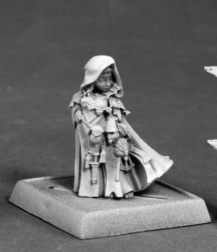Reaper Miniatures Enora, Iconic Arcanist #60178 Pathfinder Miniatures Unpainted