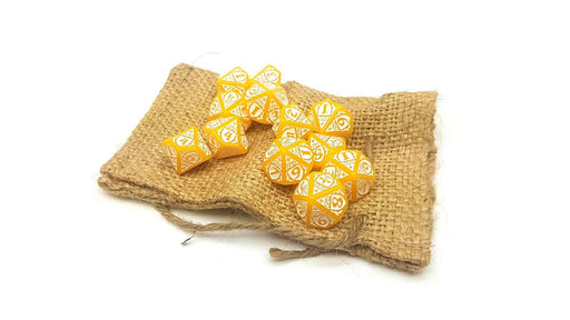 Blood & Plunder Pack of 12 D10 French Nationality Dice - Yellow with White