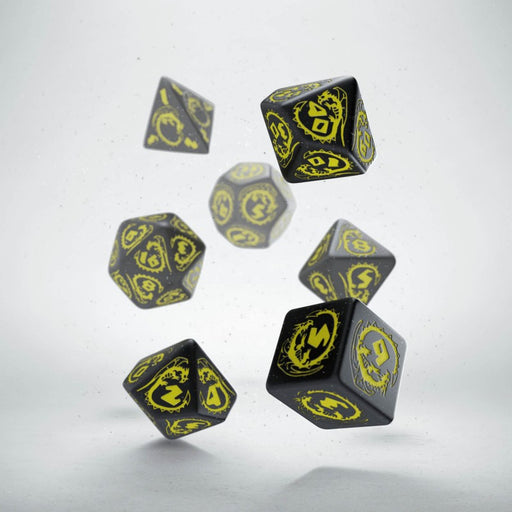 Q-Workshop Dragons Dice Set Black with Yellow Etches (7 Piece Set)