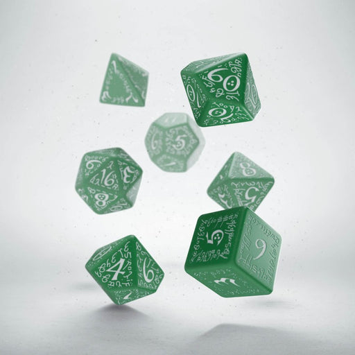 Q-Workshop Elvish Dice Set Green with White Etches (7 Piece Set)