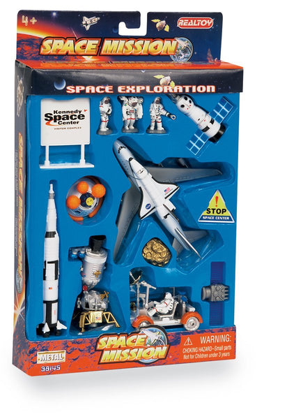 Daron Lunar Explorer 13 Piece Playset with Kennedy Space Center Sign