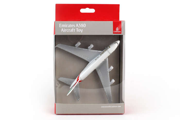 Daron Emirates A380 Authentic Detail Diecast Model Replica Airplane