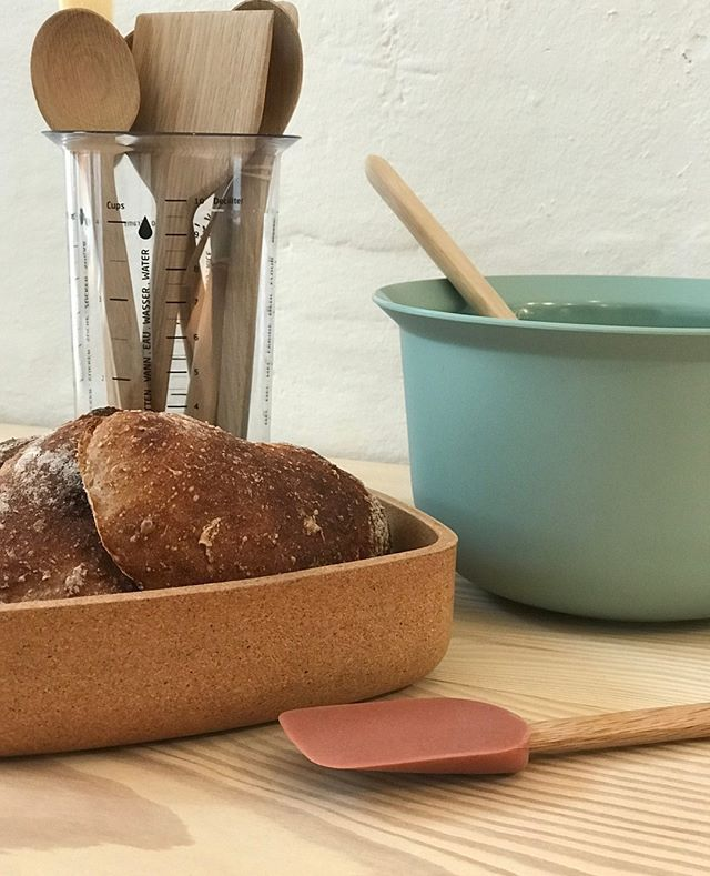 Tray-It-Bread-Tray-Cork-RIG-TIG-The Fjord Store