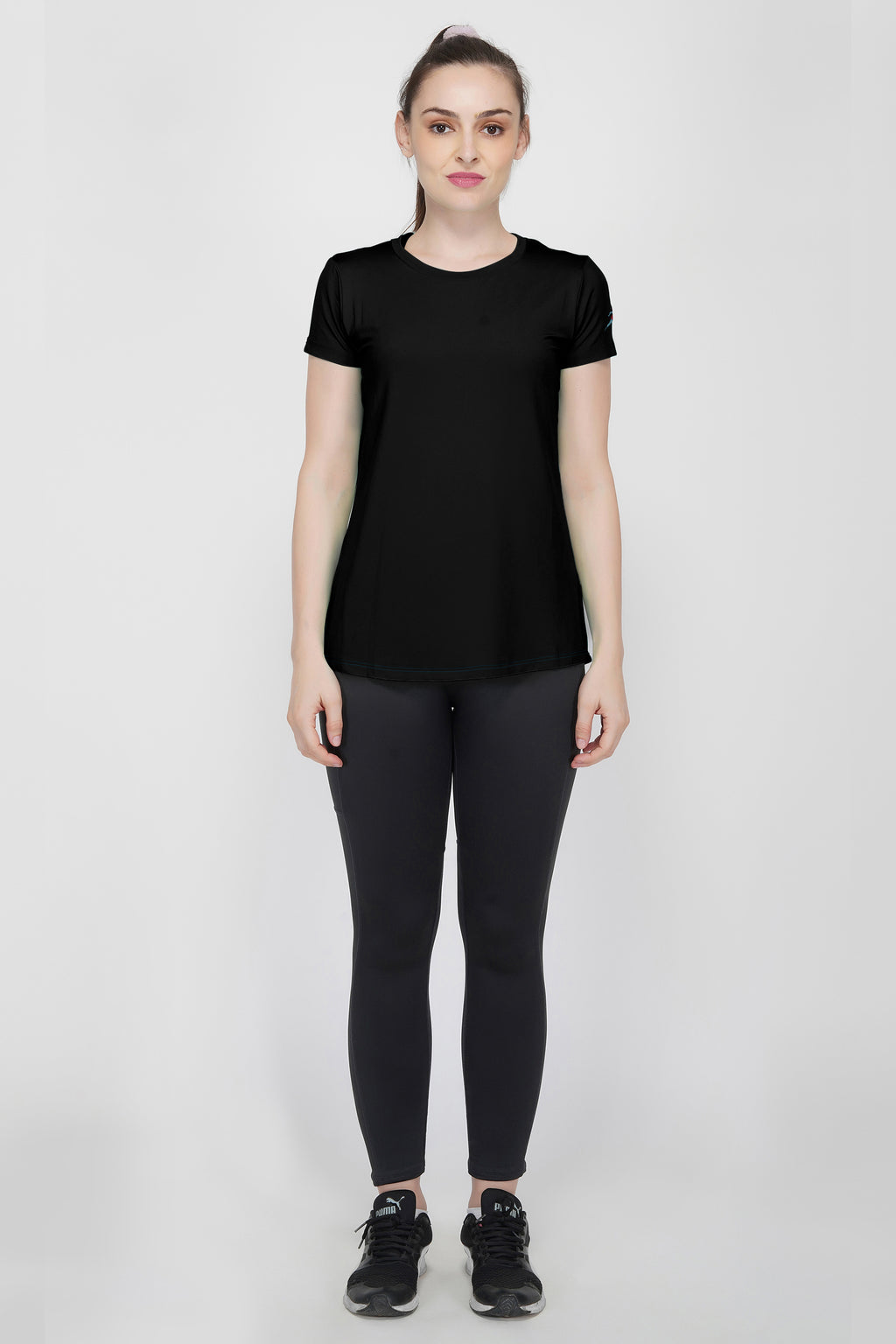 Move Crew Gym T-shirt For Women - Black