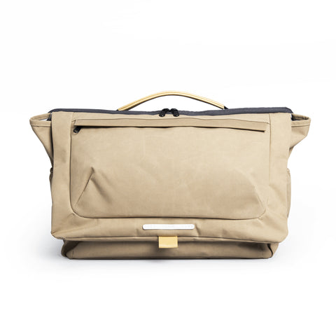 'R Tote 203' Raw Waxed Khaki