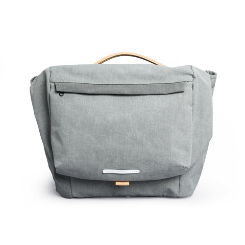 'R Tote 203' Raw Waxed Navy