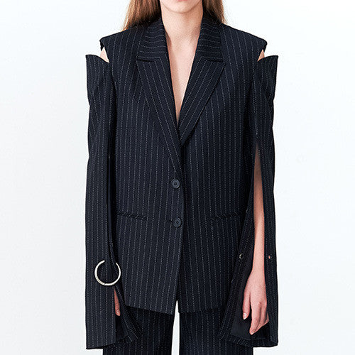 Detached Shoulder Pinstripe Jacket