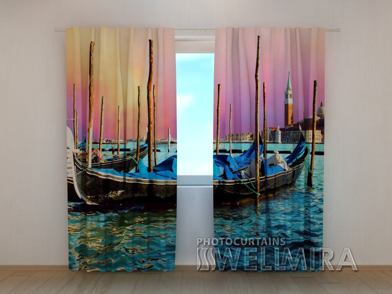 Photo Curtain Gondolas - Wellmira