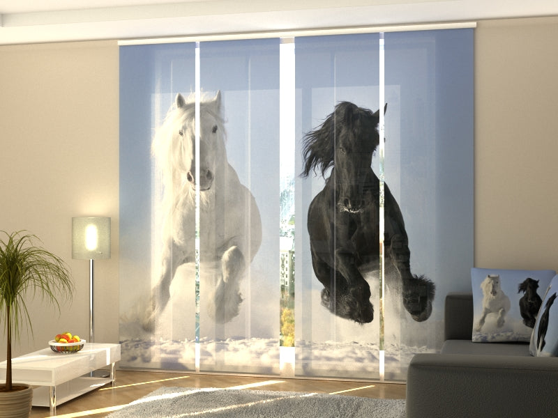Set of 4 Panel Curtains Horses 1 - Wellmira