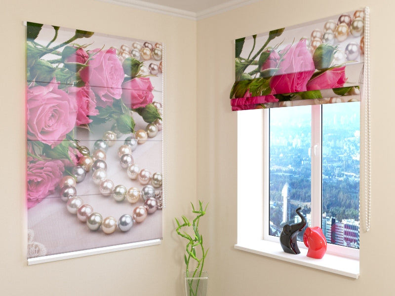 Roman Blind Roses and Pearls
