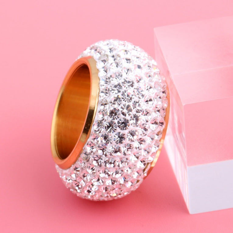 Luxurious Crystal Finger Ring