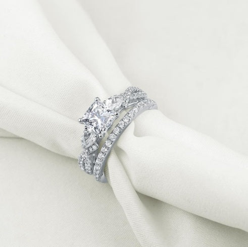 Gorgeous Love 2pc Ring