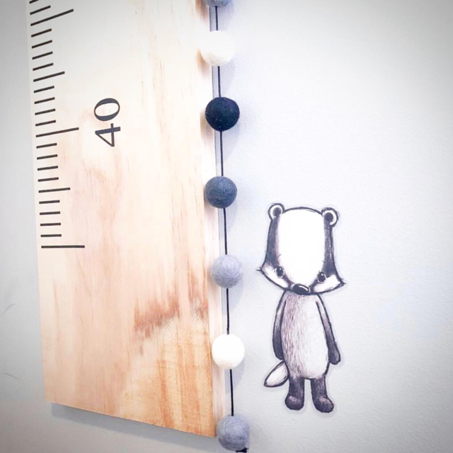Elk & Earth Xander - Black/Grey/White Felt Ball Garland 3m