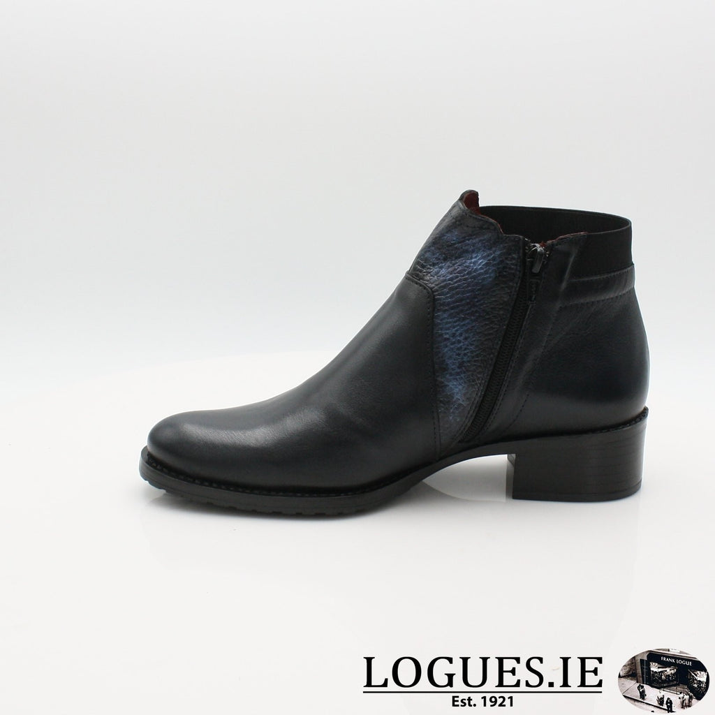 2374 JOSE SANEZLadiesLogues ShoesNAVY / 7 UK- 41 EU - 9 US
