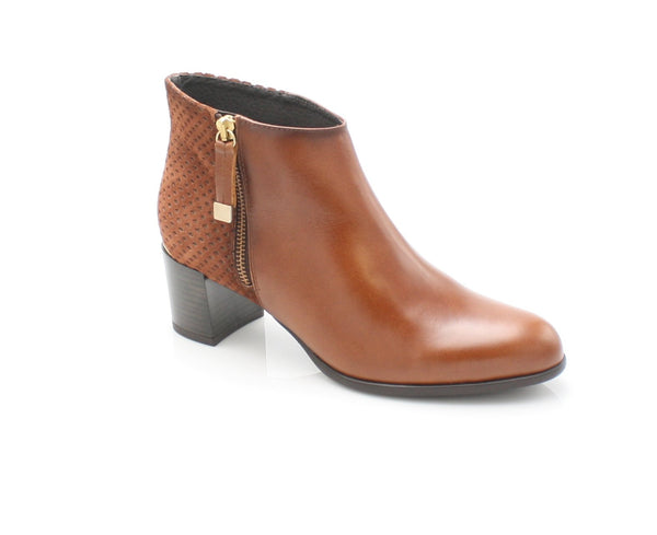 9041  LEANA T AW17LadiesLogues ShoesBRANDY / 39 = 6 UK
