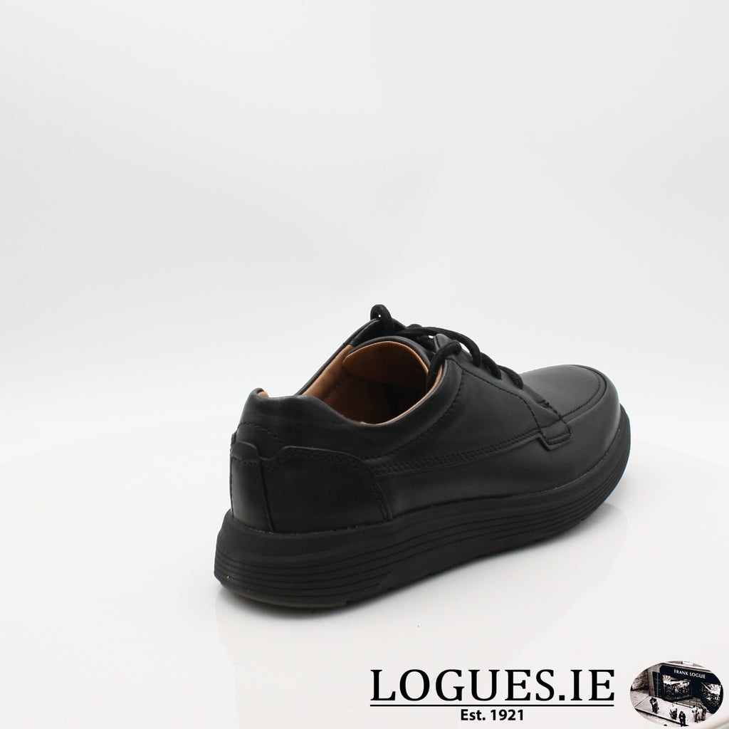Un Abode Ease  CLARKSMensLogues ShoesBlack Leather / 8.5 UK / H