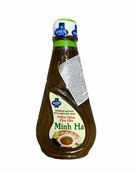 Minh Ha Preserved Anchovy with Garlic and Chilli 250ml- Mắm nêm pha sẵn Minh Ha 250ml
