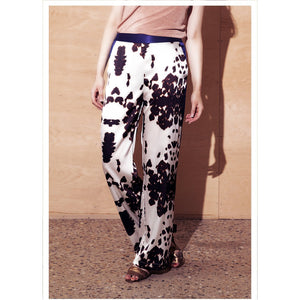 Jessica Russell Flint Autumn Winter Fashion Clothing Luxury Printed Silk Trousers