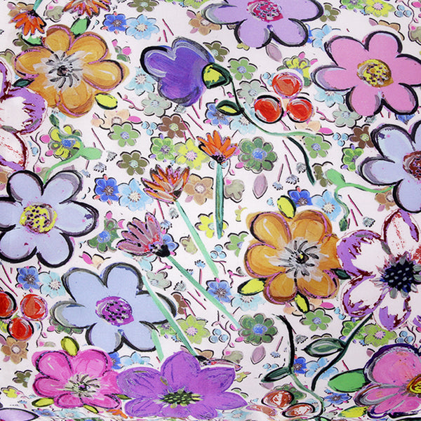 FLORA%20SILK%20PILLOWCASE_close%20up.jpg
