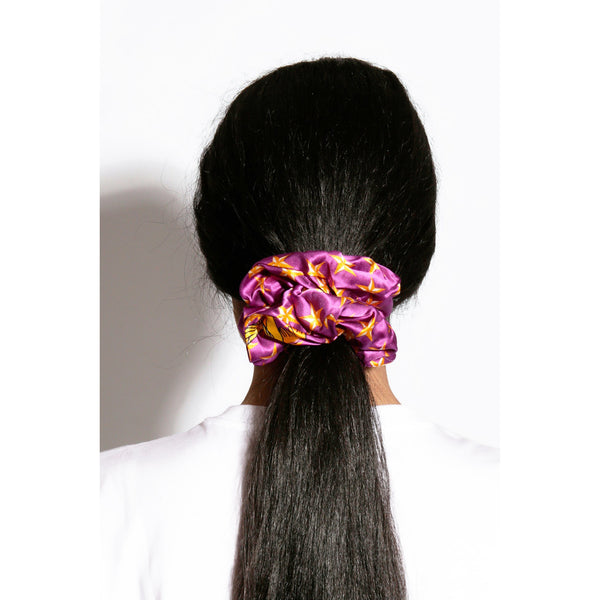 LUCY-SCRUNCHIE-FROM-BEHIND2%20copy.JPG