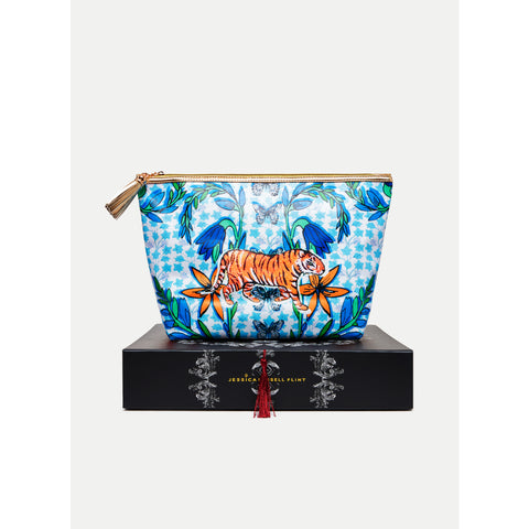 TIGER%20FOLK%20WASHBAG%20ON%20BOX.jpg