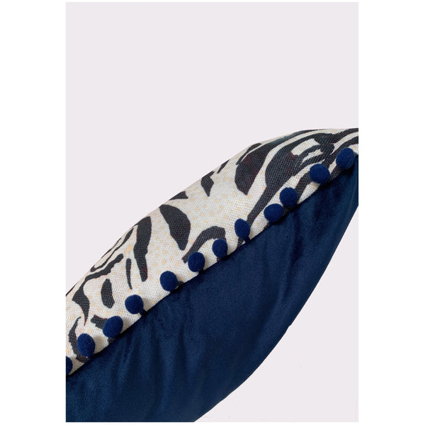 Zebra%20cushion_side.jpg