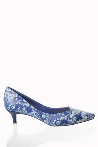 b1bac02ff0e2 Banned Apparel Venus - Kitten Heel Pump in Blue and White