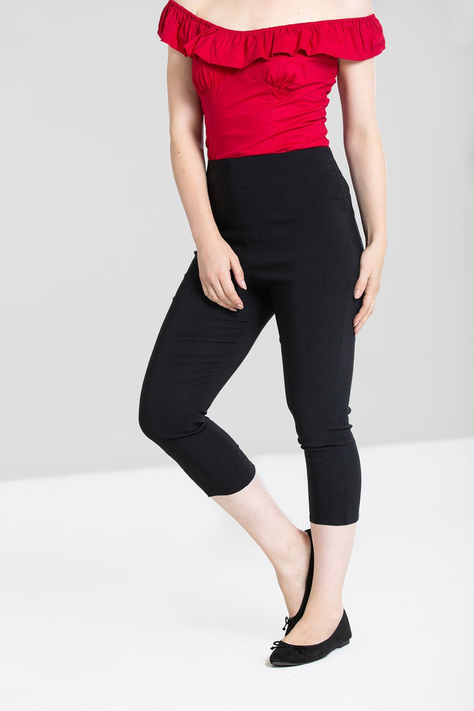 Tina Capri Pants in Black - Kit'n'Heels