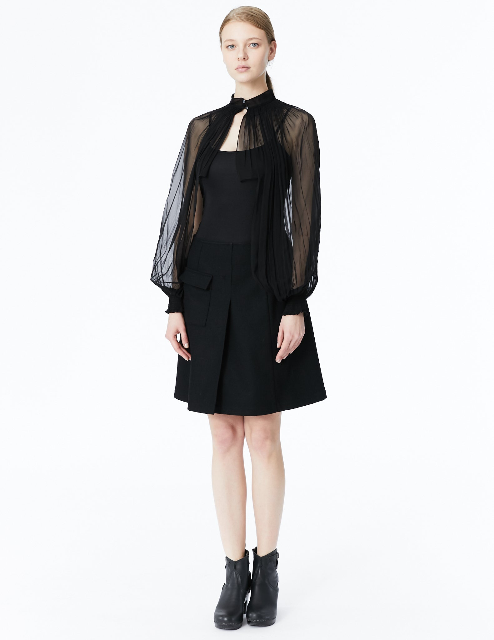 morgane le fay long chiffon sleeves with high neck and front closure
