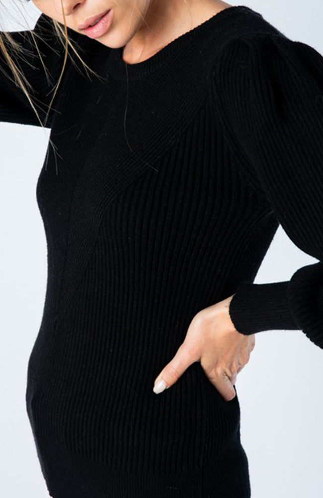 Black crew neck sweater with puff balloon sleeves