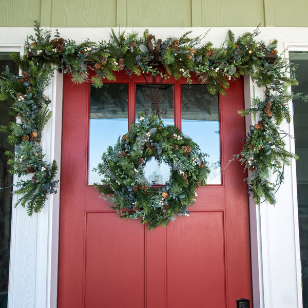 Wreath_Rustic White Berry Wreath 24"