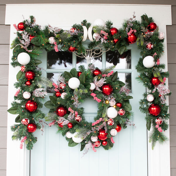 Nordic Red and White Wreath (30-Inch)