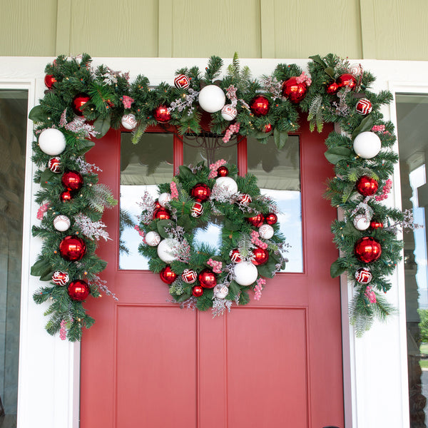 Nordic Red and White Wreath (24-Inch)