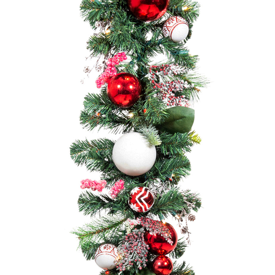 Nordic Red and White Garland (9-Foot) | Christmas World