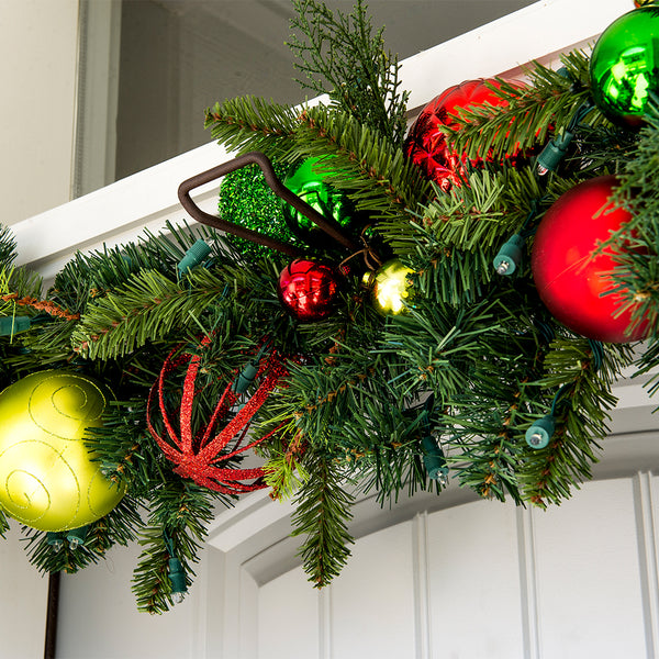 Garland Hanger_Slim Single Door Garland Hanger  |  Christmas World