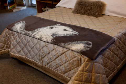 Chappywrap top ten winter blankets - polar bear bear hug couch blanket