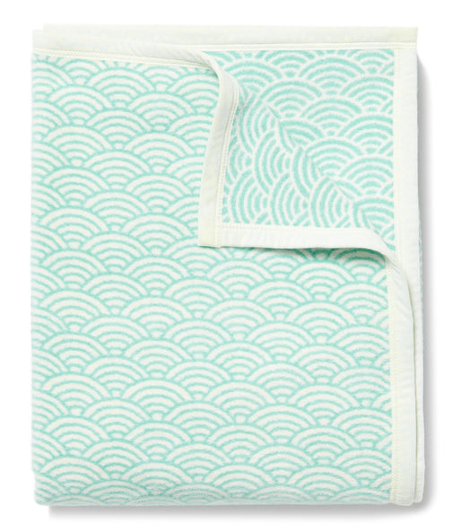 Brewster Scallops Turquoise Blanket